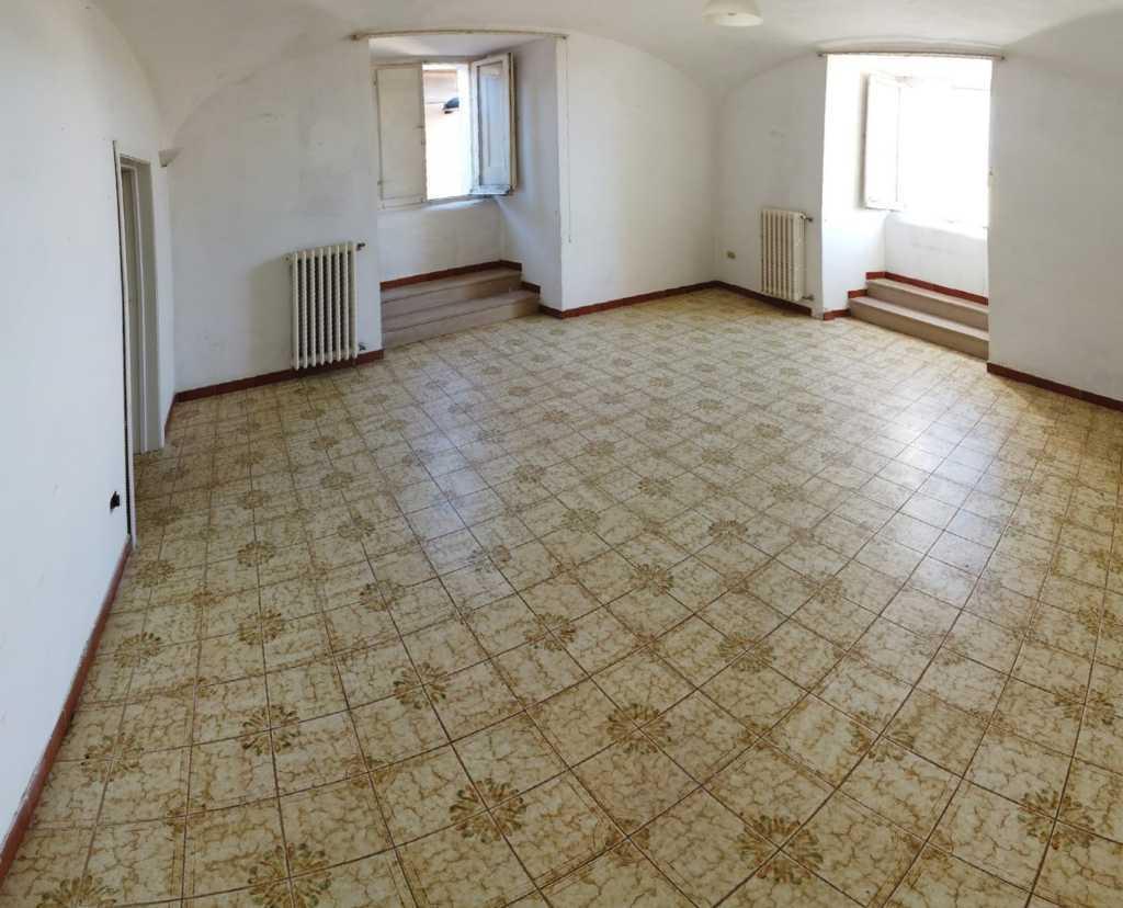 Penne – Via Roma – appartamento piano terra